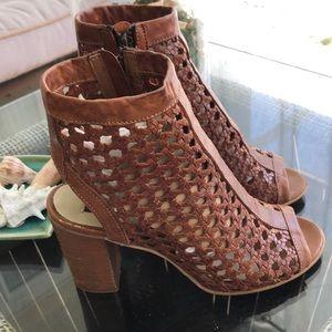 Madden block heel woven sandal